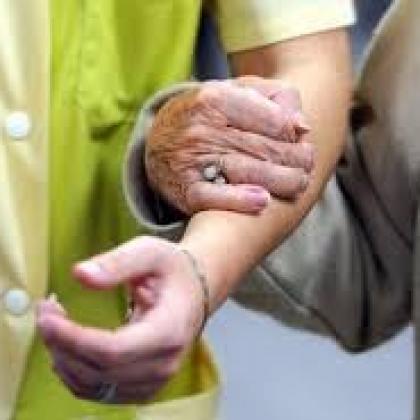 Droit des tutelles : Tutelle et habilitation familiale : Quelles différences entre ces deux mesures de protection ?
